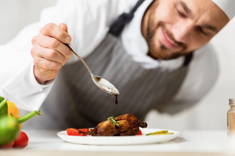 Tecnico della produzione pasti  Cuoco